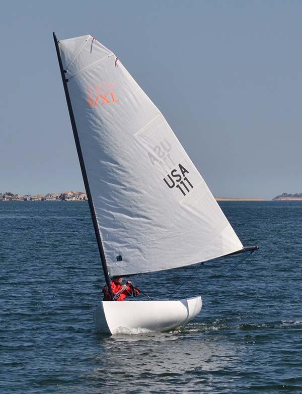 e/XL sailboat